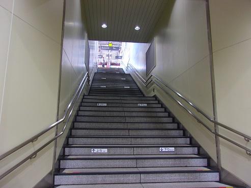 東急池上線の大崎広小路駅@東京都品川区b