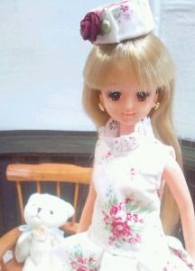 1 10月5日ジェニー薔薇ドレス半袖アップ