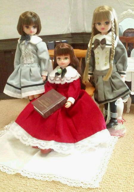 1 10月24日小公女3人座り