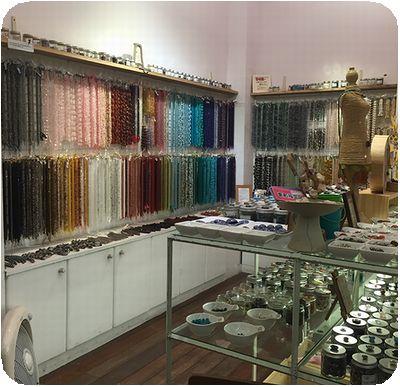 EASY天然石専売店店内石数珠