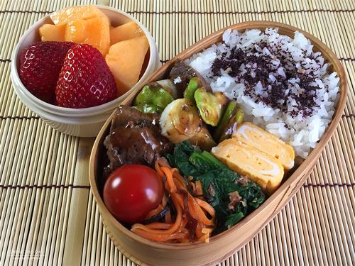 牛肉と空豆の黒胡椒炒め弁当01