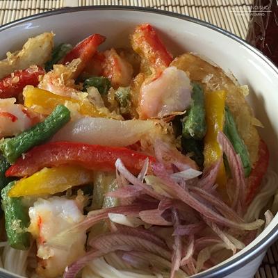 海老と夏野菜のかき揚げ素麺弁当02