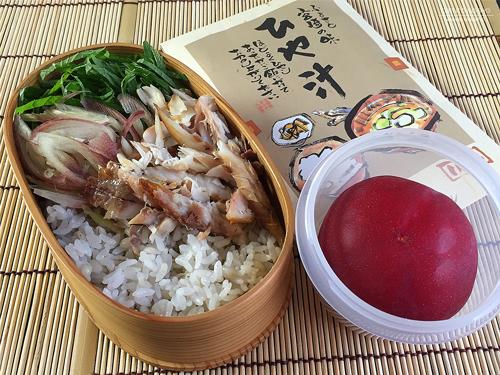 鯵の開きの麦飯ひや汁弁当01
