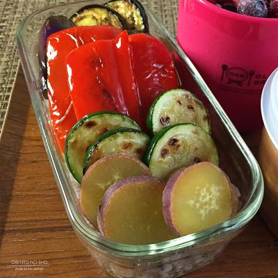 焼き野菜のミートボールカレー弁当03