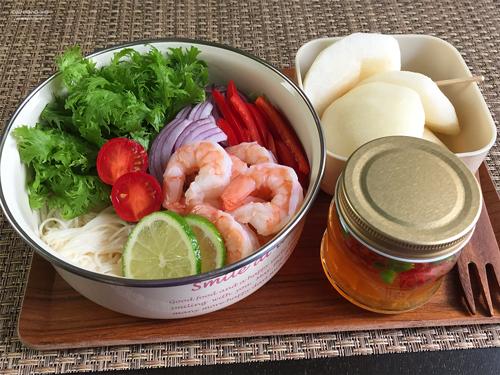 エスニック海老サラダ素麺弁当01