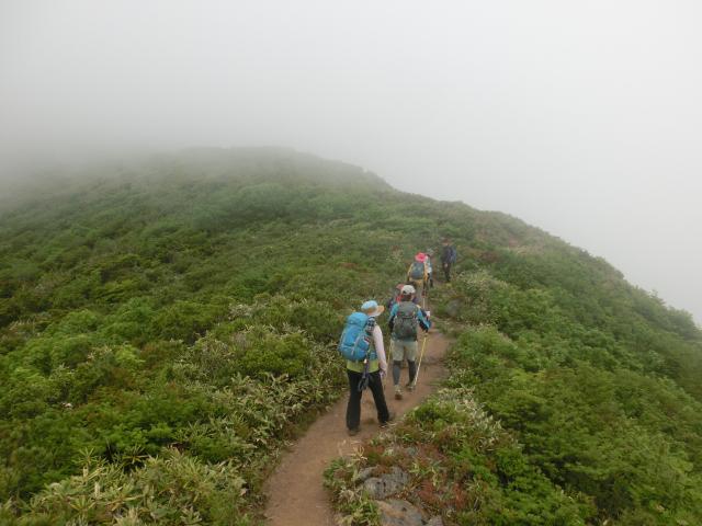 trekking2.jpg