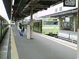 01 103奈良線 高窓 30N 京都 01