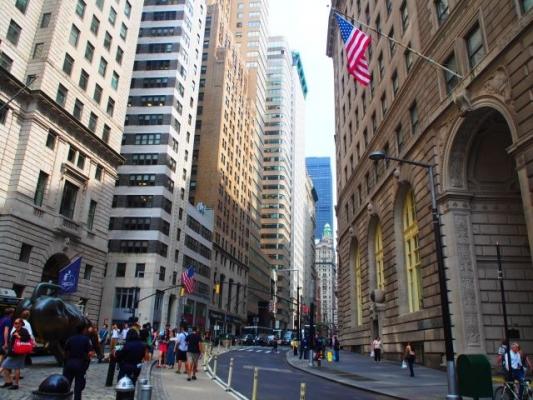 us_Wall Street6387435435