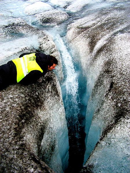 【グリーンランド】北極に黒い氷が広がる…原因は「クリオコナイト」