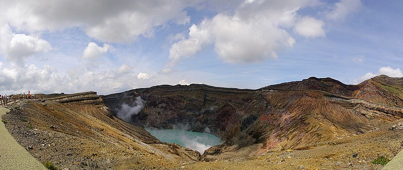 【阿蘇山】4月30日から「火山ガスの放出量」が増加し、「火山性微動の振幅も増大」という状況