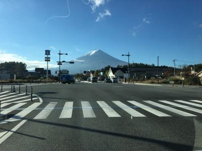 車中撮影・河口湖から富士を望む