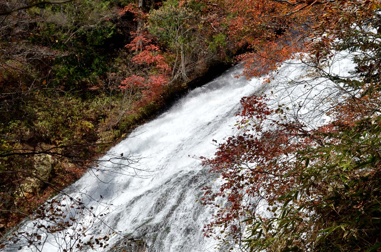D70_4595湯滝湯ノ湖