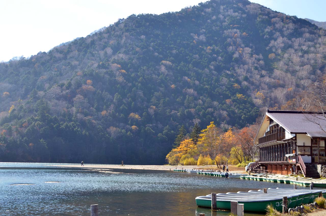 D70_4641湯滝湯ノ湖