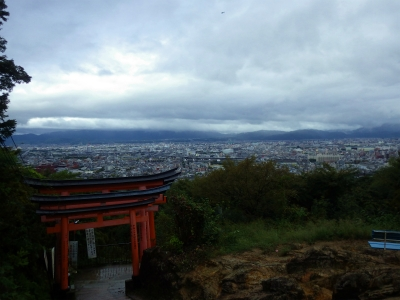それは京都のお稲荷さんだ!! (12)