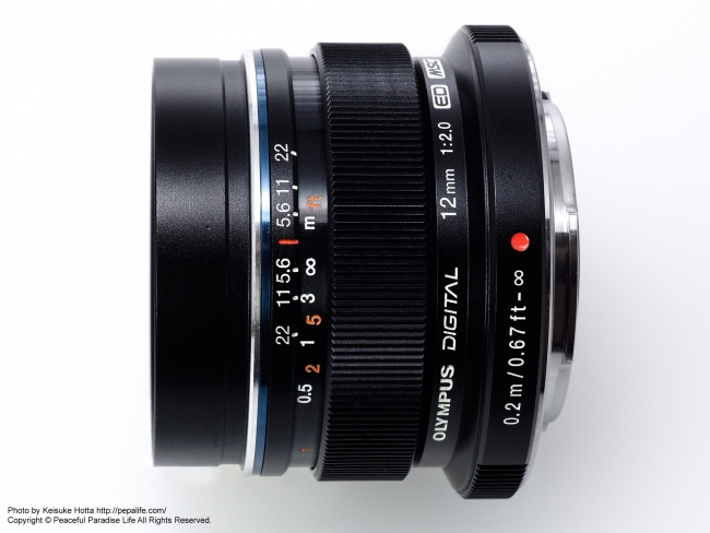 M.ZUIKO DIGITAL ED 12mm F2.0 横から