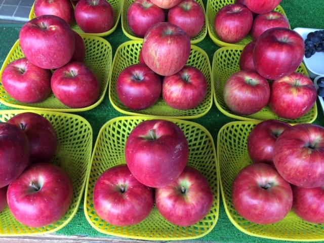 林檎かご盛
