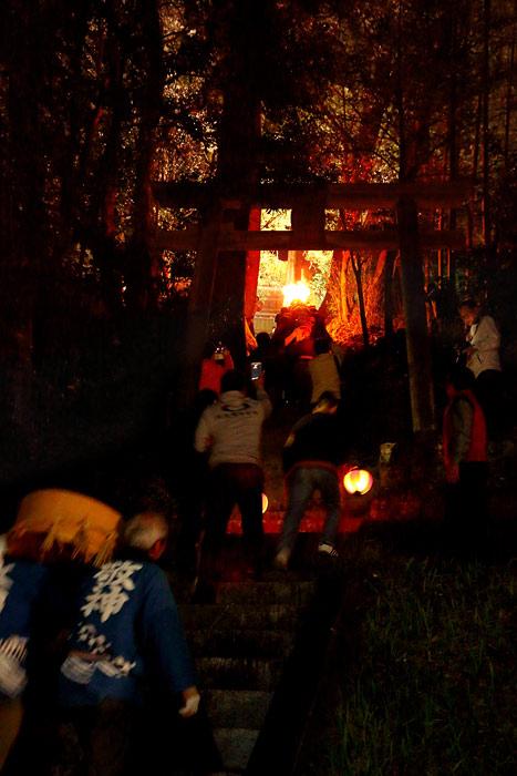 田原菅原神社 火祭り4