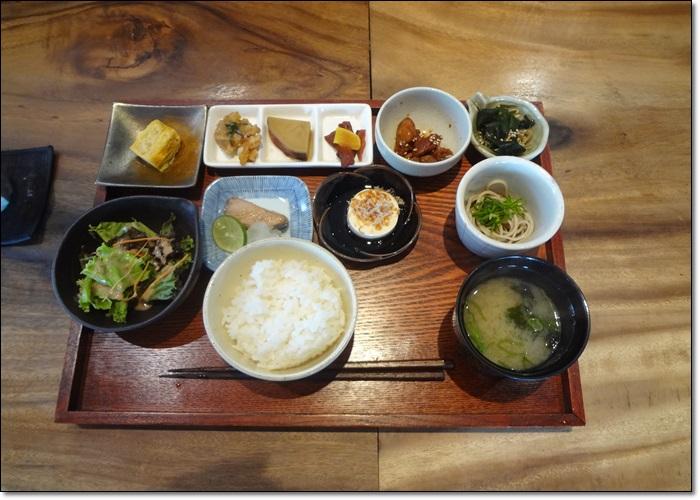 イマドキ朝食DSC08959