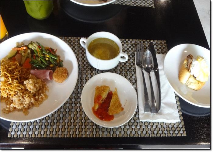 ホテル朝食DSC09014