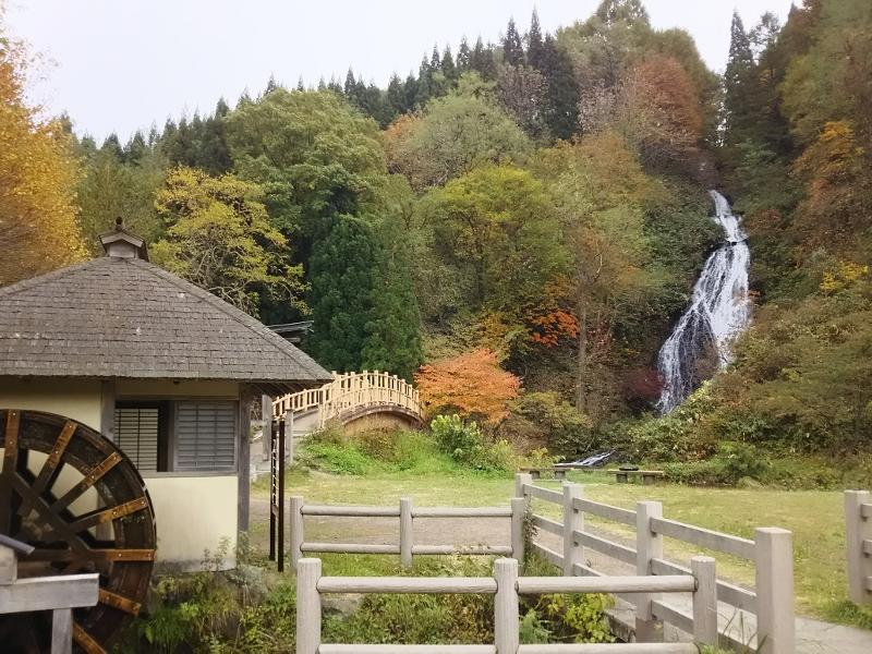 01DSC_1092小坂町七滝 (800x600)