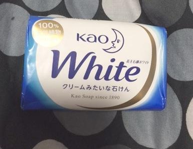 花王ホワイト ホワイトフローラルの香り レギュラーサイズ(3個パック)2