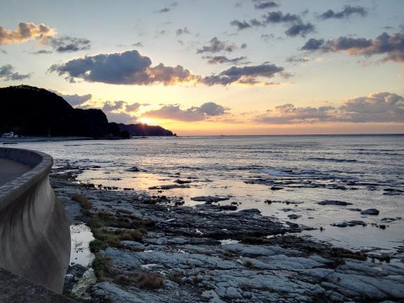 鴨川釣行2日目 磯場 海の写真