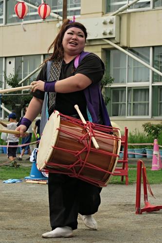 和太鼓・お姉さん