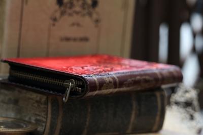 蓮と猫の長財布