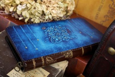 青い紫陽花の本革長財布