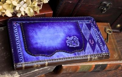紫のチェシャ猫な洋古書風長財布