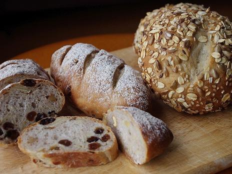 全粒粉のパン2種類