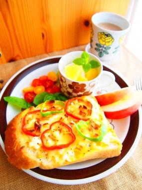 egg cheese toast