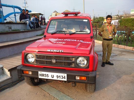インド消防車-1