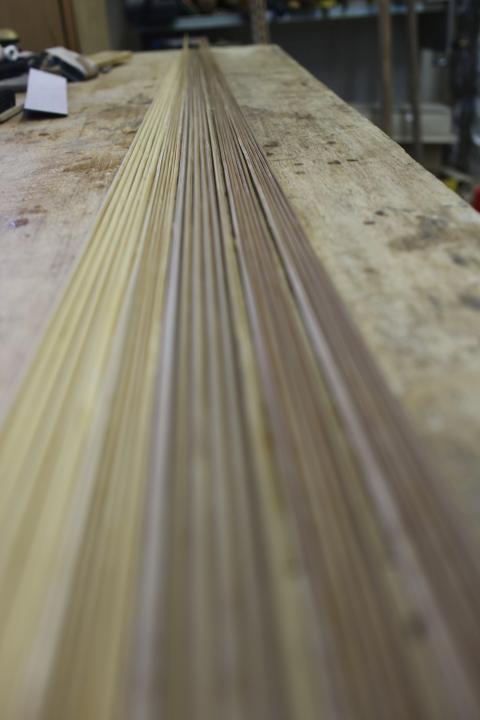 仕上げ削りの終わった竹