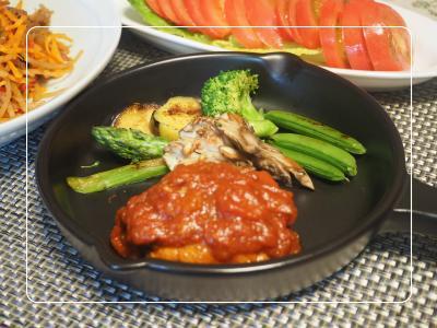 トマト煮込みハンバーグ1