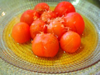 丸ごとトマトのおひたし