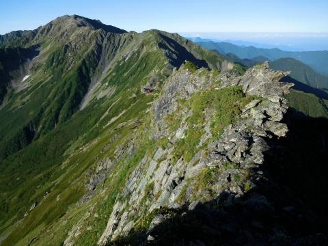 間ノ岳稜線
