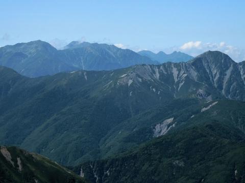 南部の山々