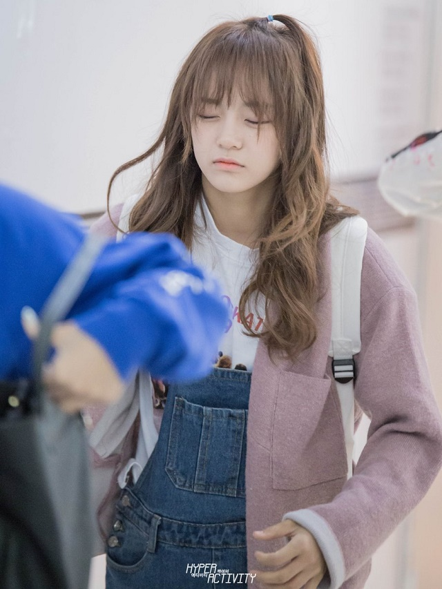 sejyoung-102701.jpg