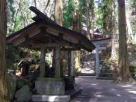 十和田神社5御手洗場