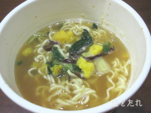 IMG_4381_20161030_01_明星 中華三昧PREMIUM 濃厚ふかひれ拉麺