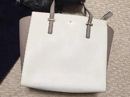 ケイト・スペードのバッグをおろしました。