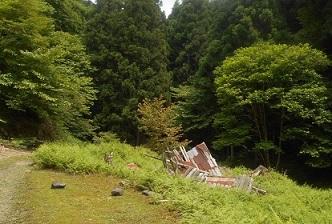 1 直谷山荘