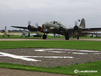 B-17も領空侵犯でタイホされていますdownsize