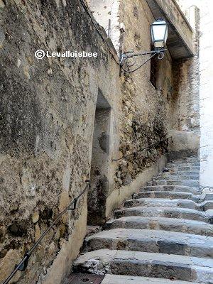 ★旧市街の迷路のような石段downsize