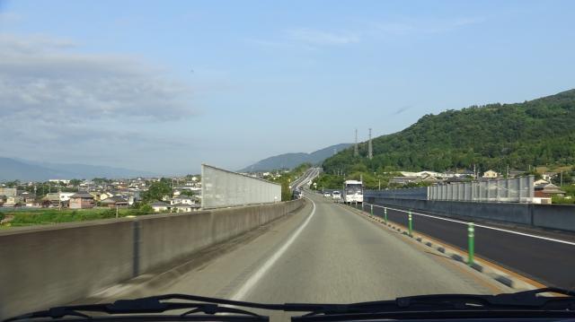 徳島自動車道は対面通行