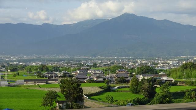 阿波富士と讃えられる高越山