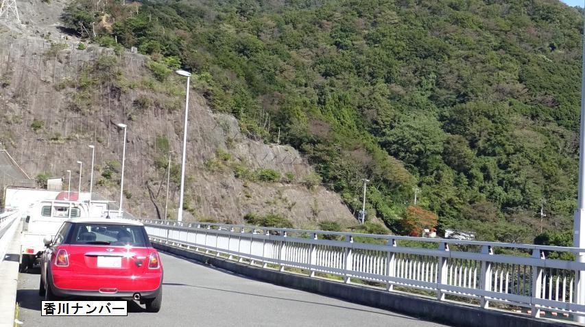 香川ナンバーの車が