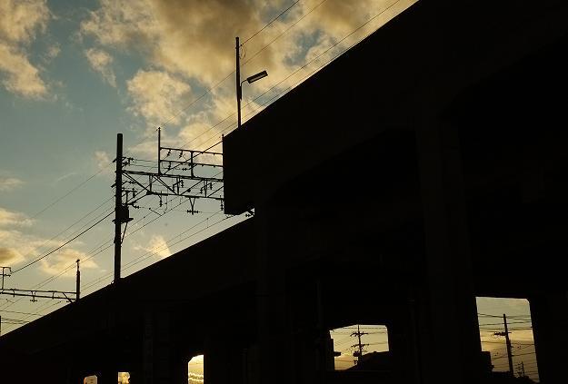 フリー画像空と建物