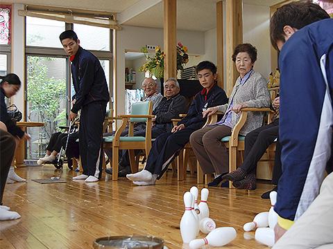 おじいちゃんおばあちゃんとゲーム